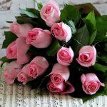 Vrei sa comanzi flori online in Bucuresti, dar nu stii ce sa alegi? Tine cont de vestimentatia destinatarei!